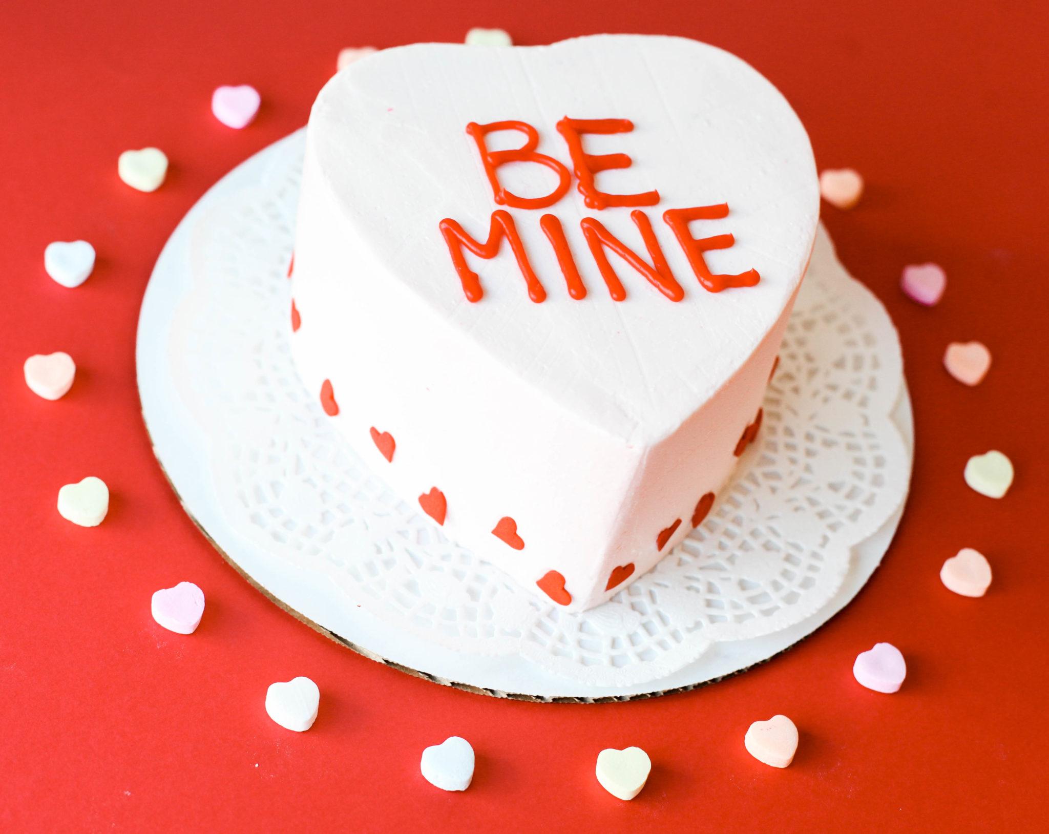 4″ Berry Shortcake Sweetheart Cake